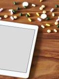 Minnestavladator, minnestavlor, online-handel Arkivfoton