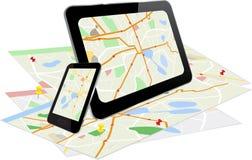 MinnestavlaPC och smart telefon med navigeringsystemet Arkivfoton