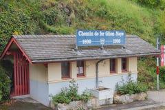 Minnesvärd ställning till årsdag 100 av platsen av järnväg Glion Montreux, Schweiz Royaltyfri Foto