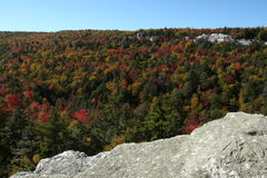 Minnewaska State Park. Looking towards Echo Rock from Patterson's Pellet, in the Shawangunk Mountains Stock Photography