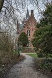 Minnewater parkerar, slotten de la Faille, Bruges, Belgien Arkivbild