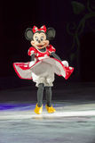 Minnie Maus, die auf Eis eisläuft Stockfotos