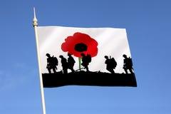 Minns de stupade hjältarna - Poppy Day Arkivfoton