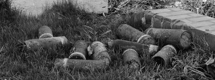 Minns dem - rest av sprängmedel i Flanders fält arkivbild