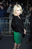Minogue de Kylie que va de fiesta en Londres 2016 Imagenes de archivo