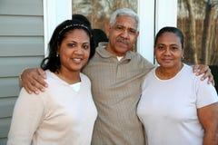 Minorität-Familie stockfotografie