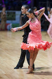 MINSK-BELARUS, 19 DE MAYO: Pares de la danza Fotos de archivo