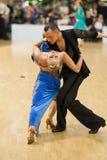 MINSK-BELARUS, APRIL, 7: Nicht identifiziertes Tanzpaar führt ADUL durch Lizenzfreie Stockfotografie
