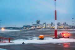 Minsk, Belarus Les lignes aériennes Belavia d'avions s'élèvent à Minsk Images libres de droits