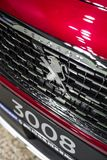 Minsk, Belarus logo d'emblème de Peugeot de marque en mai 2018 se connectent l'automobile pendant l'autoexhibition sur Peugeot 30 images libres de droits