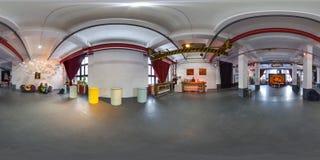 Minsk, Belarus - 2018 : panorama 3D sphérique de l'intérieur de grenier de partie avec la barre avec l'angle de visualisation 360 Photographie stock libre de droits