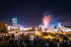 Minsk, Belarus Saludo festivo durante la celebración del día de Imagen de archivo