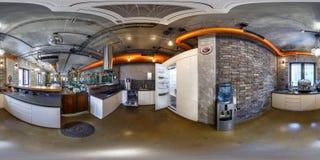 MINSK BIAŁORUŚ, PAŹDZIERNIK, -, 2015: pełni bezszwowi 360 stopni kąta widoku panoramy w wewnętrznej kuchni z meble w nowożytnym fotografia royalty free