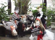 Minsk, Bielorrússia - 11 de novembro de 2016: Crianças como mimica festival de cinema Listapadzik Imagens de Stock Royalty Free