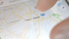 Minsk, Bielorr?ssia - em maio de 2019: Busca m?vel San Jose do mapa da cidade dos EUA filme