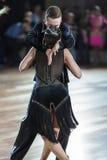 Minsk, Bielorrusia 27 de septiembre de 2015: Pares no identificados de la danza por Imagen de archivo libre de regalías