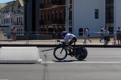 MINSK, BIELORUSSIA - 25 GIUGNO 2019: Il ciclista dalla Germania partecipa a donne spaccate inizia la singola corsa ai secondi gio fotografia stock libera da diritti