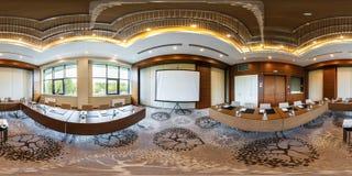 MINSK, BIELORUSSIA - LUGLIO 2017: panorama 360 gradi di vista di angolo nell'interno della sala per conferenze vuota di lusso per fotografie stock