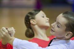 MINSK PAŹDZIERNIK, 21: Taniec nieletnia Para Obraz Stock