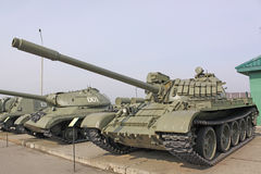 _ minsk Sovjetisk behållare T-64 i den museumStalin linjen Fotografering för Bildbyråer