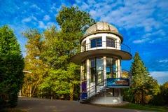 Minsk Vitryssland, arkitektur, planetarium arkivbilder
