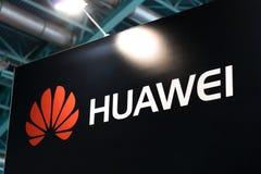 MINSK, WEISSRUSSLAND - 18. April 2017: Huawei-Standlogo auf TIBO-2017 der 24. International spezialisierte Forum auf Telekommunik Stockfoto