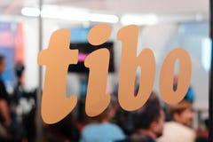 MINSK, WEISSRUSSLAND - 18. April 2017: Logo des TIBO-2017 der 24. International spezialisierte Forum auf Telekommunikation, Infor Lizenzfreie Stockfotografie