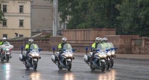 MINSK, WEISSRUSSLAND - 15. September 2018 Polizei fährt rad lizenzfreies stockbild