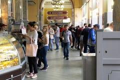 Minsk, Wit-Rusland - Juni 29, 2018: Minsk, Witrussische gastronom Centralniy stock afbeelding