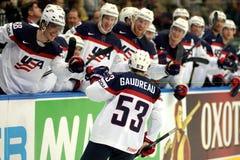 MINSK, WIT-RUSLAND - MEI 7: Het het hockeyteam van de V.S. viert tijdens 2014 IIHF het Kampioenschapsgelijke van het Wereldijshoc Royalty-vrije Stock Fotografie