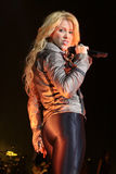 MINSK, WIT-RUSLAND - MEI 20: Shakira presteert bij Minsk-Arena op 20 Mei, 2010 in Minsk, Wit-Rusland Stock Fotografie