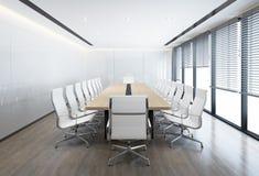 Minsta vitt konferensrum med vita stolar Royaltyfri Bild