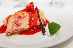 Mint Leaf with Strawberry Cheesecake Royalty Free Stock Photos