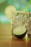 Mint and lime refreshing summer cocktails Royalty Free Stock Photos