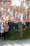 Minut av tystnad i hedersgåva till offren av Paris på Counen Arkivfoto