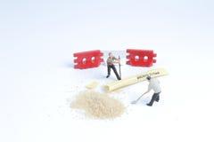 Minuta pracownika zabawkarska praca z cukierem Zdjęcie Royalty Free