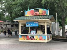 Minute Maid Smoothies Stand på Carowinds i Charlotte, NC arkivfoto