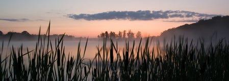 Minutes avant lever de soleil Image stock