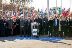 Minuto do silêncio no tributo às vítimas de Paris, o Conselho de Fotografia de Stock Royalty Free