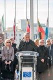 Minuto do silêncio no tributo às vítimas de Paris, o Conselho de Foto de Stock