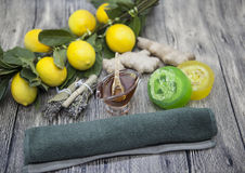 Miodowej cytryny imbirowy handmade mydło, opanowany dla zdrojów traktowań zdjęcia royalty free