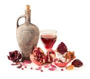 Miotacza i granatowa sok w szkle Fotografia Stock
