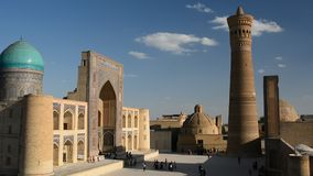 Mir我阿拉伯人madrasah、卡尔扬尖塔和Kalan清真寺 Po我卡尔扬复合体 布哈拉 乌兹别克斯坦 影视素材