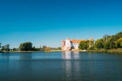 Mir, Λευκορωσία Άποψη του σύνθετου, αρχαίου μνημείου Mir Castle, κληρονομιά της ΟΥΝΕΣΚΟ στοκ εικόνα