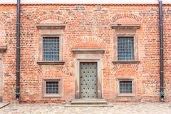Mir Castle 27 juli, 2015 De deur en de vensters van Stock Fotografie