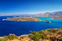 Mirabello Schacht mit Spinalonga Insel Lizenzfreie Stockfotografie