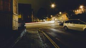 Mirada abajo del camino Bristol de Hotwell por noche del cuadrado de la dote Foto de archivo libre de regalías