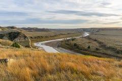 Mirada abajo en el río Little Missouri Fotos de archivo libres de regalías