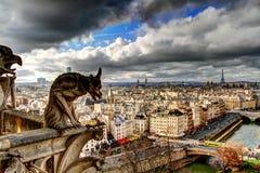 Mirada abajo en París Foto de archivo