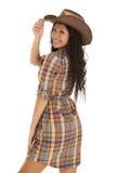 Mirada asiática del sombrero del tacto de la tela escocesa de la mujer Imágenes de archivo libres de regalías